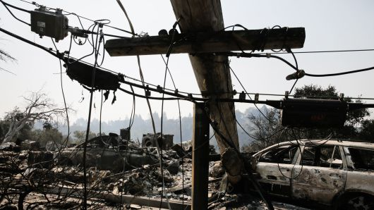 104815131-gettyimages-861017202-california-fire-power-530x298
